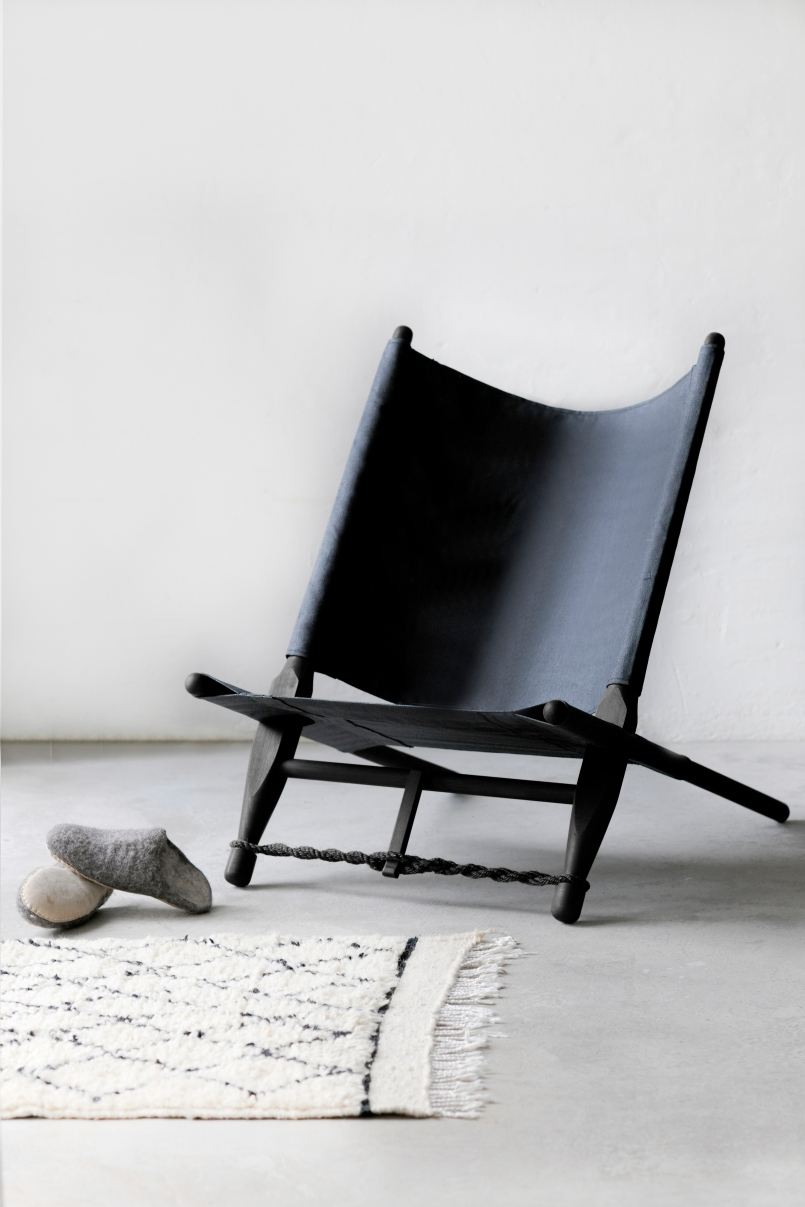 1519 Black Safari Chair